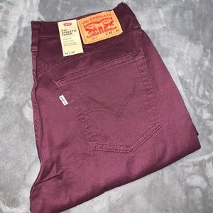 Men's Burgundy Levi's 541 Athletic Taper 32x30